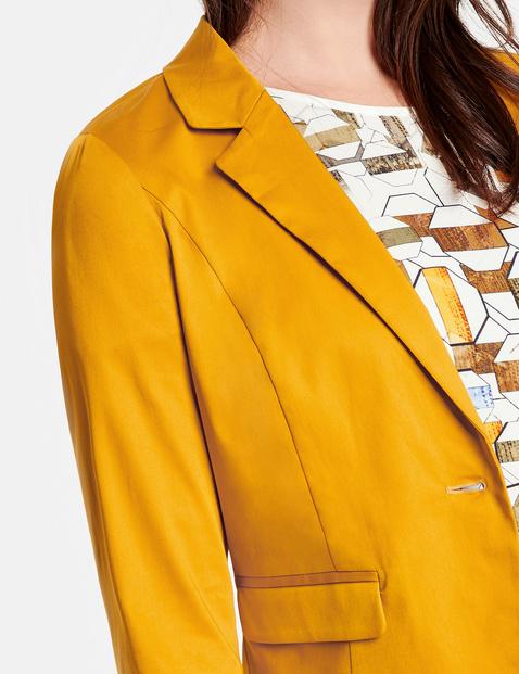 Taillierter Blazer aus Baumwoll-Stretch