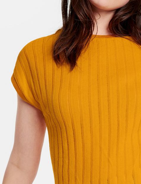 Lightweight fine knit top