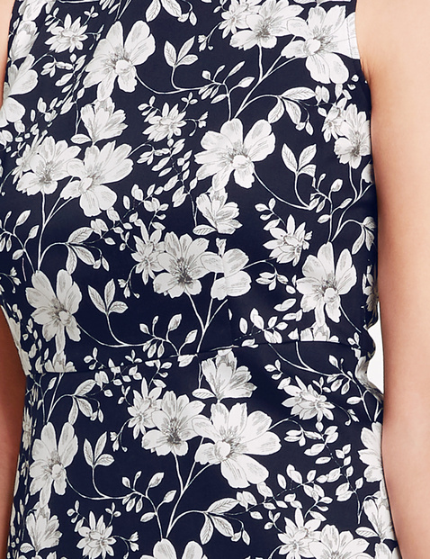 Summer dress with a floral print