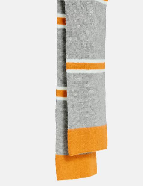 Strickschal mit Colour-Blocking