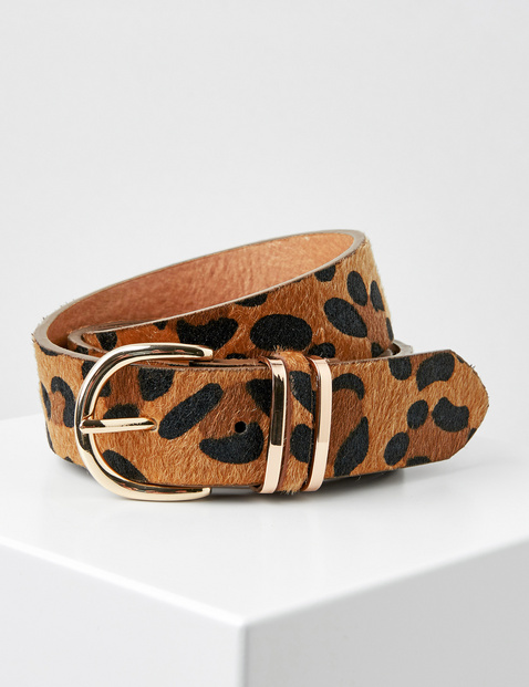 Belt with an animal print