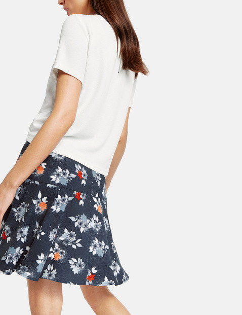 Spódnica z kwiatowym nadrukiem