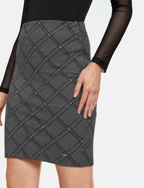 Pencil skirt with check jacquard