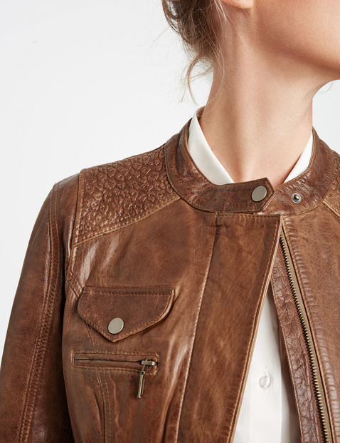 Leather jacket with a vintage finish