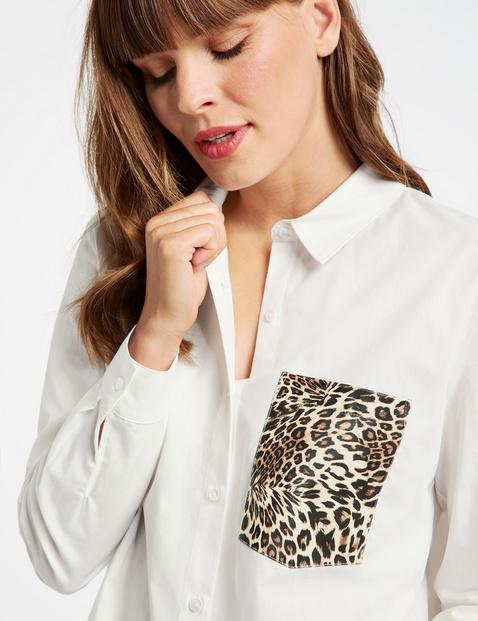 Bluzka koszulowa z kieszenią na piersi w panterkę