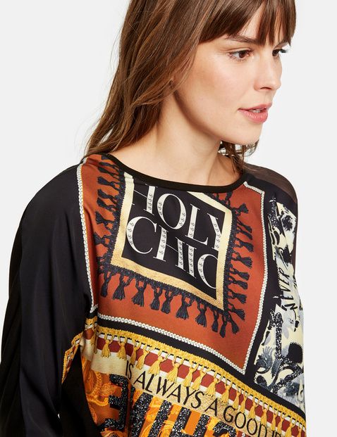 Material mix top with 3/4-length sleeves