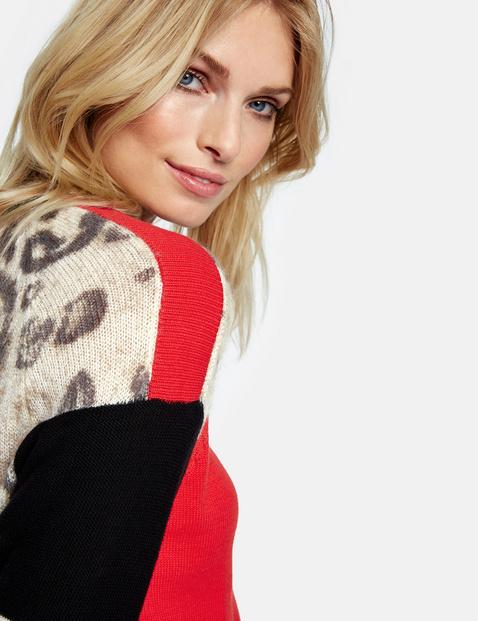 Sweter w różne wzory