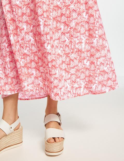 Maxi skirt with a snakeskin print