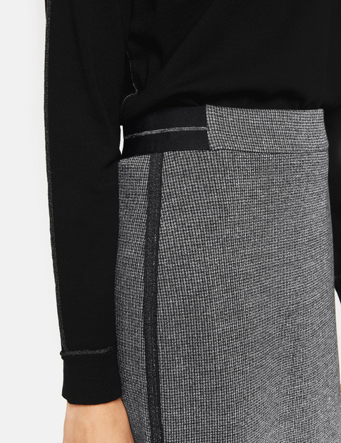 Pencil skirt with sporty details