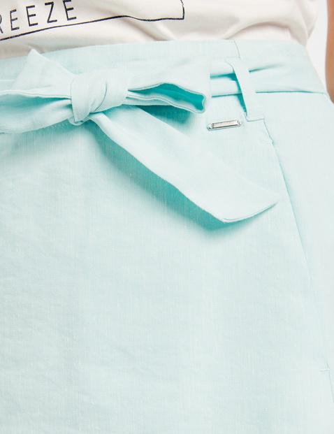 Flared skirt in blended linen