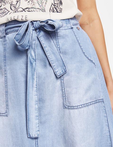 Spódnica midi w dżinsowym stylu