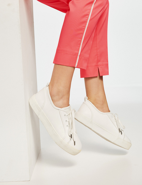 Chino mit Kontrastpaspel Slim Peg Leg