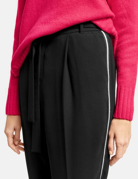 Spodnie w stylu paperbag z wiązanym paskiem Peg Leg