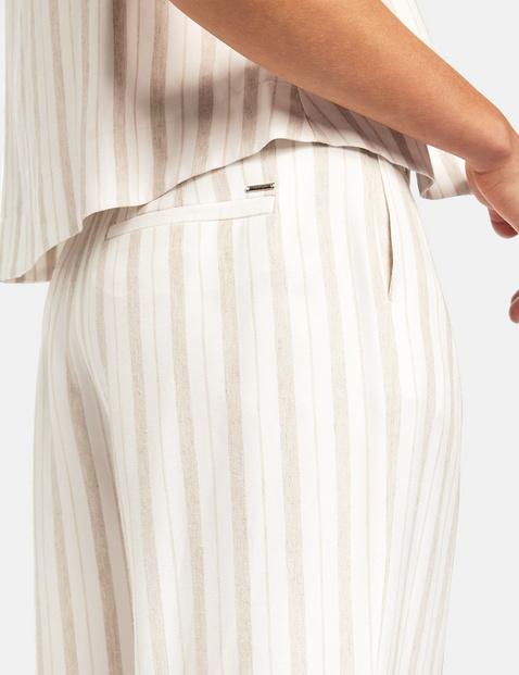 Szerokie spodnie o dł. 3/4 z mieszanki wiskozy i lnu