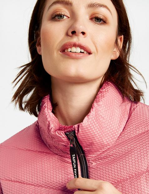 Gewatteerde jas met contrastdetails