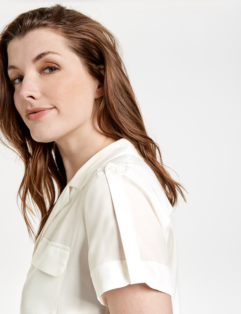 Elegant cupro blouse in a utility style