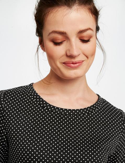 Jacquard top with polka dots