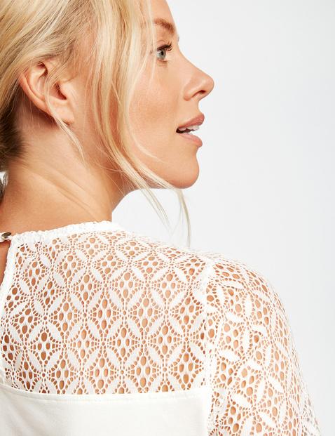 Shirt mit Spitzen-Patch