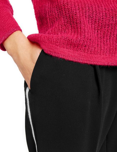 Dzianinowy sweter z lureksowym brzegiem