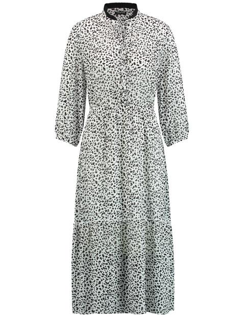 Langes Kleid mit schwarzen Dots