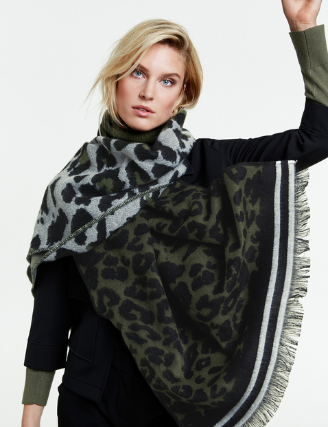Scarf with a leopard pattern