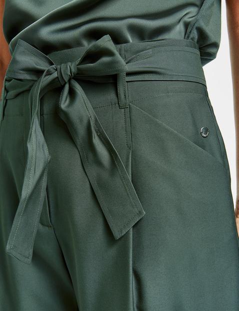 Paperbag trousers, Peg Leg