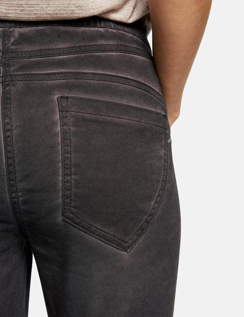 Spodnie Lounge Pants o dł. 7/8 z efektem pigmentowego barwienia na zimno (Cold Pigment Dye)
