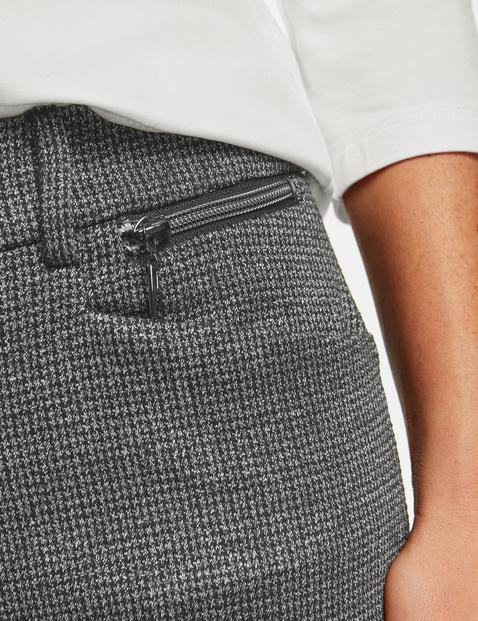 Spodnie biznesowe, Skinny Low