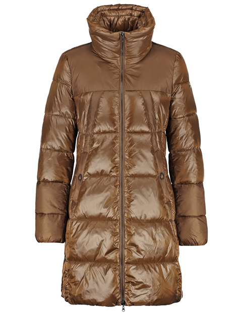 Quilted coat with a matte sheen