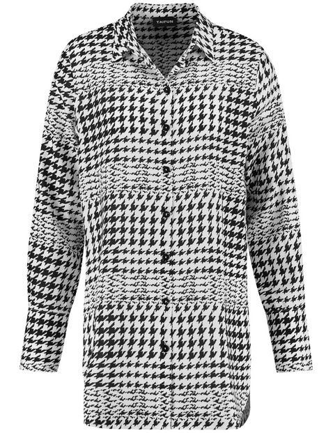 Long blouse with a houndstooth pattern