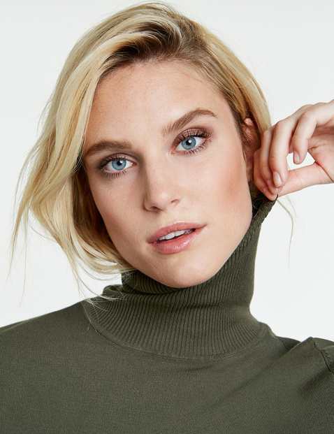 Jumper with a polo neck