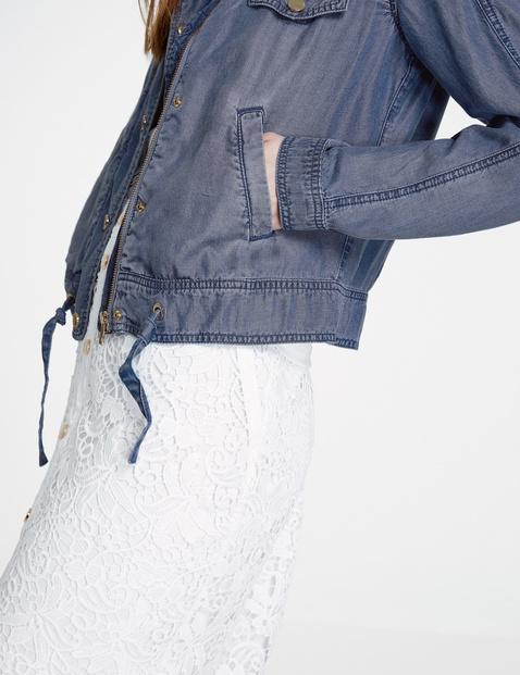 Miękka kurtka dżinsowa w stylu utility