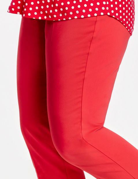 Hose mit High-Low-Saum Greta