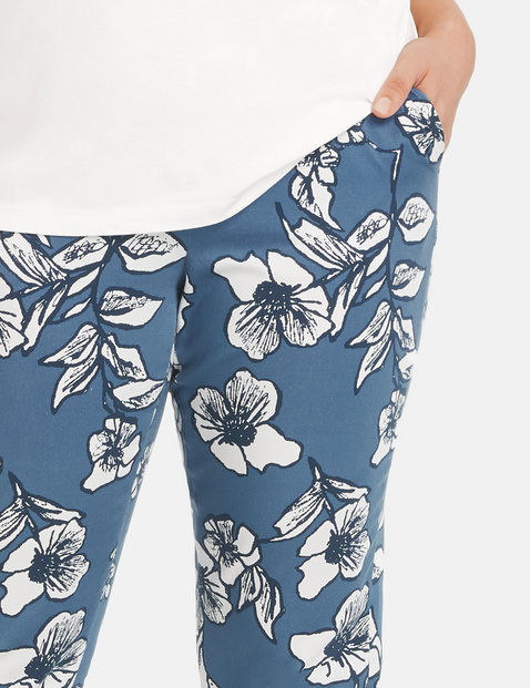 Hose mit Blumen-Print Greta