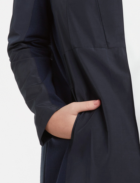 Long blazer in a material mix