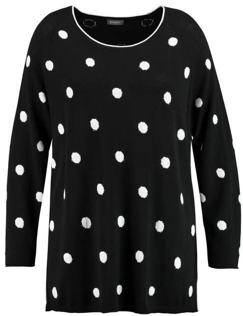Jumper with polka dots