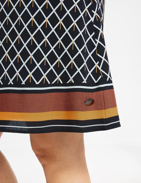 Licht uitlopende jurk