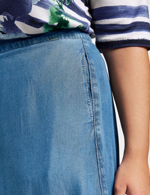 Denim skirt made of soft lyocell