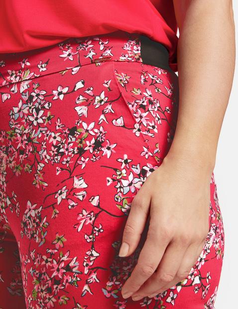 Spodnie 7/8 z nadrukiem w kwiaty Greta