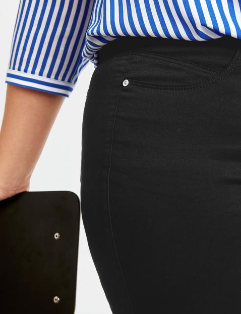 Elastyczne spodnie Jenny z wygodnymi nogawkami