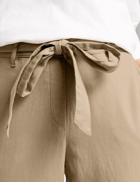 Paperbag trousers, Mia