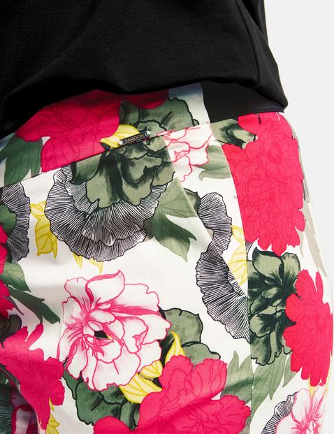 Broek Greta met bloemenprint