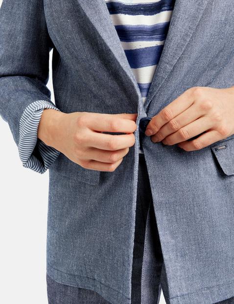 Blazer made of a cotton/linen blend