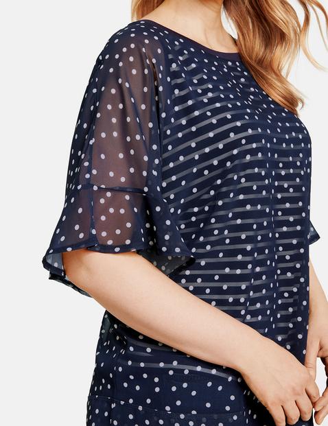 Bluzkowy top w warstwowym stylu
