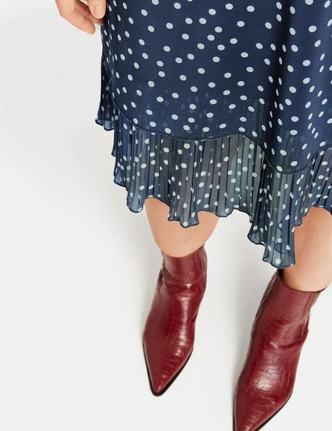 A-line dress with a polka dot pattern