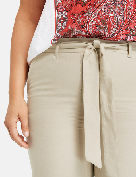 Greta trousers with a tie-around belt