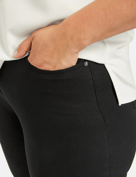Jenny trousers with a comfortable leg width
