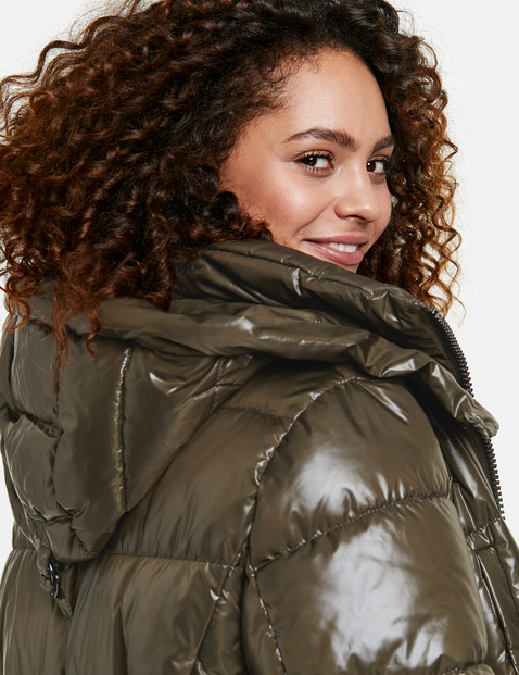 Shiny quilted coat