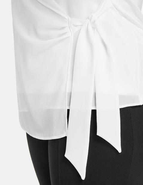 Bluzkowy top w kopertowym stylu