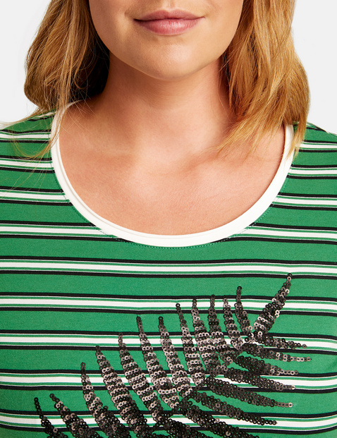 Organic cotton T-shirt with sequin decoration